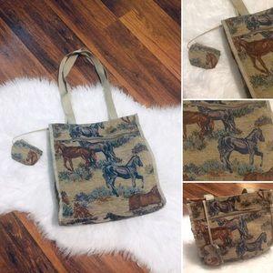 🦋2/$10 3/$15 4/$18 5/$20 Vintage Tapestry Bag